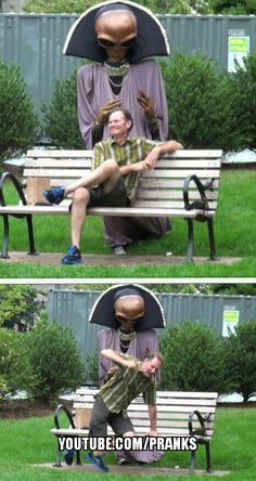 Alien prank Good Pranks, Funny Pranks, Funny Pics, Funny Pictures, Hilarious, Funny Humour, Humor, Funny Things, Funny Stuff
