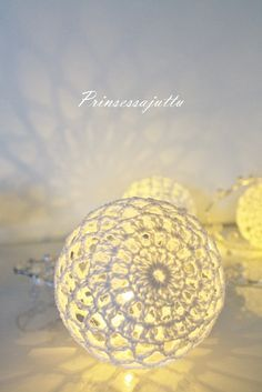 Prinsessajuttu: Virkatut valopallot, OHJE We are want to say thanks if you like to share this post to another people via your fac… Crochet Christmas Ornaments, Christmas Baubles, Christmas Crafts, Christmas Decorations, Holiday Decor, Crochet Ball, Crochet Home, Fall Crafts, Diy And Crafts