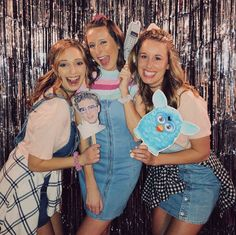 Themed Birthday Party Themed B. - Themed Birthday Party Themed B… Th - 25th Birthday Parties, Grad Parties, Theme Parties, Birthday Ideas, 90s Theme Party Decorations, Halloween Costumes For Bffs, Party Fiesta, Birthday Photo Booths, Outfit