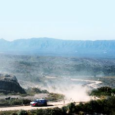2016 #WRC #아르헨티나 #랠리 에서 짜릿한 #경기 를 펼친 #현대월드랠리 팀 !  #Hyundai_World_Rally #team had an electrifying #race in 2016 WRC #Argentina #Rally !  #ThierryNeuville #DaniSordo #HaydenPaddon #i20 #world #motor #sport #VillaCarlosPaz #photooftheday #instadaily #티에리누빌 #다니소르도 #헤이든패든 #비야카를로스파스 #산길 #1위 #우승 #현대자동차 #자동차 #자동차그램