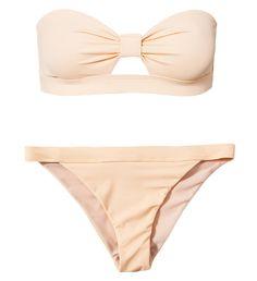 Un maillot de bain deux pièces nude - Maillot de bain deux pièces bustier à découpe sur la poitrine, Wonderland, 25,90€.