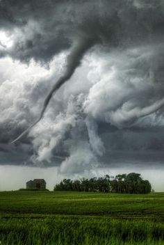 Beautiful Mother Nature: Photo..storm is coming!