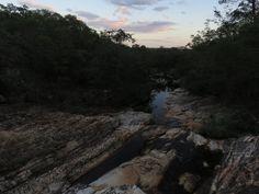 Por-do-sol no Córrego das Mortes - Grão Mogol - MG