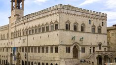 Palazzo dei Priori Palazzo, Notre Dame, Castles, Taj Mahal, Italy, Building, Travel, Viajes, Buildings