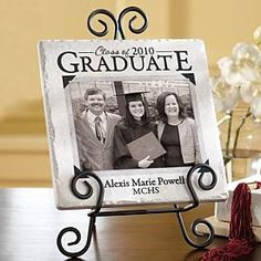 Think I could make this. Graduation Open Houses, Graduation Presents, Graduation Celebration, Graduation Decorations, Grad Gifts, Graduation Photos, Graduation Cards, Graduation Ideas, Graduation 2015