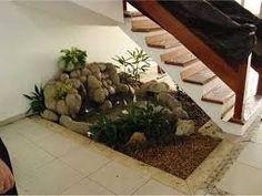 Resultado de imagen para jardim embaixo da escada