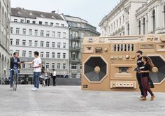 MINI GHETTO BLASTER A promotion for the International Radio Festival 2012 in Zurich / Switzerland. The huge boombox is sourrounding the car. The Mini is the battery for the powerful sound. Zurich, Cardboard Sculpture, Cardboard Art, Radios, Classroom Art Projects, Guerilla Marketing, Street Marketing, Viral Marketing, Mini