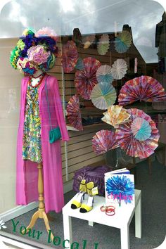 Spring / Summer window display at St Peters Hospice Charity Shop Lodge Causeway Bristol Charity Shop Display Ideas, Street Style New York, Cath Kidston, Architecture Art Nouveau, Shop Window Displays, Display Window, Retail Displays, Shop Front Design, Design Shop