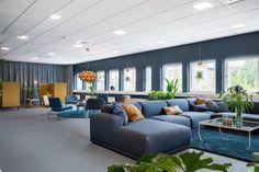 Intro Inred skapar RSM:s nya kontorslokaler - Intro Inred - min side Utility Cupboard, Shared Office, Coworking Space, Outdoor Furniture Sets, Outdoor Decor, Work Inspiration, Commercial Design, Office Interiors, Furniture Design