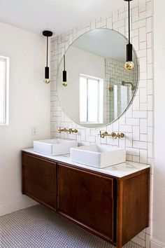 MASTER BATH - love the round mirror