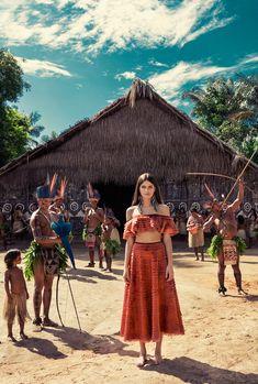 Isabeli Fontana vai a Amazônia em campanha de verão - Vogue | News