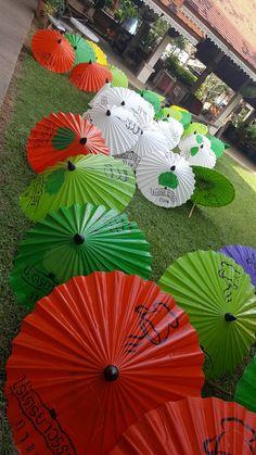 Hand-paint waterproof umbrella in Chiang Mai