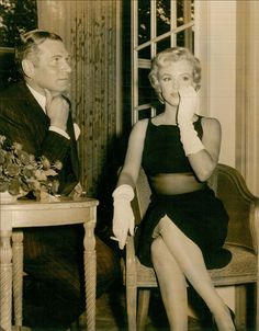 Marilyn Monroe & Laurence Olivier at the Savoy Hotel - 1956