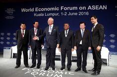 Siga las noticias sobre el Foro Económico Mundial sobre ASEAN. Visite nuestra página y sea parte de nuestra conversación: http://www.namnewsnetwork.org/v3/spanish/index.php #nnn #bernama #malasia #malaysia #asean #asia #camboya #thailand #tailandia #economics #economia #kl #najib #kualalumpur #wef #noticias #news #noticias #politica #pics #fotos