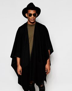 Shop ASOS Jersey Cape with Reversed Fabric Panels at ASOS. Men Street Look, Street Wear, Street Style, Kimono Fashion, Fashion Outfits, Fashion Trends, Moda Indie, Trendy Mens Fashion, Fashion Men