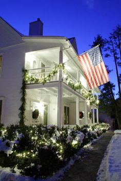 The white gull inn bed and breakfast located in fish for Bed and breakfast fish creek wi
