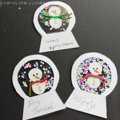 Manualidad_para_niños_en_navidad - 14 Christmas Crafts, Merry Christmas, Xmas, Christmas Ornaments, Winter Art, Winter Theme, Contact Paper Crafts, Diy And Crafts, Crafts For Kids