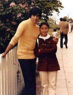 Amitabh Bachchan Reveals Story Behind His 'Next Day' Wedding With Jaya Bhaduri On Anniversary Bollywood Stars, Bollywood Couples, Indian Bollywood, Bollywood Fashion, Indian Celebrities, Bollywood Celebrities, Indian Actresses, Actors & Actresses, Bachchan Family
