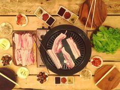MAKATI FOOD TRIP: Calle Gourmet (Price, hours and how to get there) - It's More Fun With Juan Food Trip, Makati, Korean Food, Chocolate Fondue, Pork, Cheese, Desserts, Fun, Gourmet