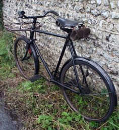 Old Bicycle, Function Room, Chain Drive, Mobile Shop, Basic Style, Post Office, Bicycles, Museum, Board