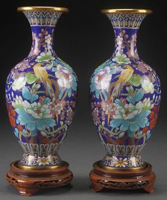 A PAIR OF CHINESE GILT BRONZE CLOISONNE VASES : Lot 21