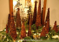 Somewhat Quirky: Vera's Daughter - Pine Cone Christmas Trees.