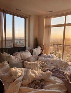 Room Ideas Bedroom, Bedroom Inspo, Bedroom Decor, Comfy Bedroom, Bedroom Bed, Decor Room, Dream Rooms, Dream Bedroom, Dream Apartment
