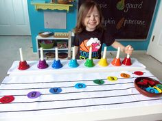Preschool Handbells: New-Sew Felt Musical Notes and Printables ~ What a fantastic way to learn to read music. Kindergarten Music, Preschool Music, Music Activities, Teaching Music, Music Lessons For Kids, Music For Kids, Piano Lessons, Kids Songs, Album Jeunesse