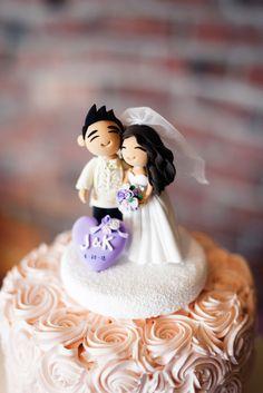 Handmade Cake Topper | Joe and Patience Photography | Filipino Wedding Planner | Seattle Wedding Planner | Ballard Bay Club Wedding