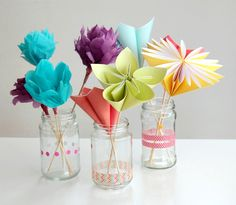 Make a Bouquet of Beautiful Paper Flowers for Mother's Day (via craft.tutsplus.com)