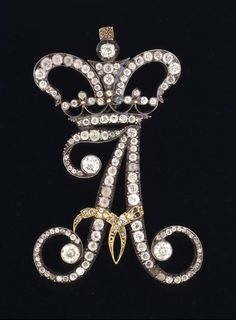 "Diamond ""A"".Hermitage Amsterdam - Monogram of Alexandra Feodorovna in the shape of the letter A, gold, silver, diamonds. Alexandra Feodorovna, Hermitage Amsterdam, Antique Jewelry, Vintage Jewelry, Alphabet Wallpaper, Hermitage Museum, Royal Jewelry, Gold Jewellery, Crown Jewels"