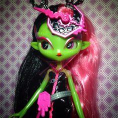 Justina Hour Novi Stars, Indie Kids, Cute Girls, Paisley, Magic, Dolls, Art, Baby Dolls, Art Background