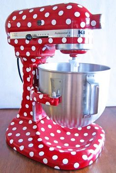 Adorable Mixer!  (You can buy supplies to decorate your own mixer like this by clicking on this image.)