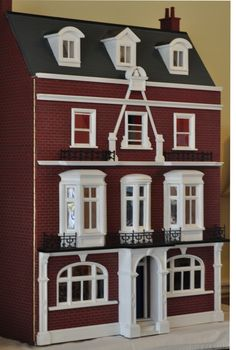 For Sale: Houses and Shops - Dolls' Houses Past & Present