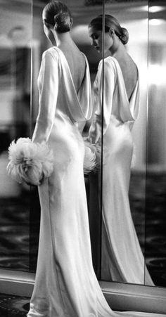 Agatha O | #luxury #sext #hot #beautiful #lady  #style #fashion #bella #cherchez_la_femme #photography #elegant #glamour #class #chic #interior_design_adelaide     If you like it PLEASE FOLLOW ME !!!