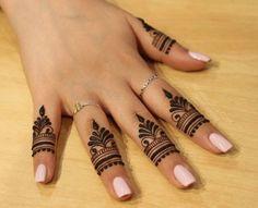 unique finger Mehndi designs that you will absolutely love - Braut Henna - Henna Designs Hand Pretty Henna Designs, Mehndi Designs For Girls, Mehndi Designs For Beginners, Mehndi Designs For Fingers, Mehndi Design Images, Latest Mehndi Designs, Mehndi Designs For Hands, Mehndi Fingers, Designs Mehndi