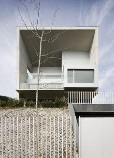 Casa Lorenzo by Juan M. Otxotorena, Gorráiz, Navarra, Spain - 2008