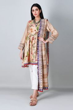 Pakistani Suits Online, Pakistani Outfits, Suits Online Shopping, Frock Fashion, Kurti Neck Designs, Lawn Suits, Frock Design, Salwar Suits, Winter Collection