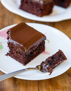 Moist chocolate cake with chocolate ganache