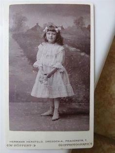 Antique Old cdv Photo Pretty GIRL Edwardian CHILD Fashion Beautiful Dress c1900