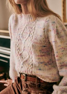 Transport Routier, Minimalist Fashion Summer, Jumper, Lookbook, Fall Collections, How To Look Classy, Parisian Style, Autumn Winter Fashion, Winter Style