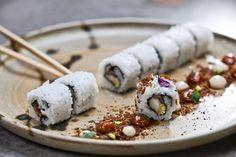 Roll with teriyaki baby corn and tempura shiitake mushrooms served with mushrooms dust, shimeji and miso mayonnaise