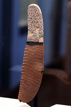 The Gebel el-Arak Knife is an ivory and flint knife dating from the Naqada II period of Egyptian prehistory, starting circa 3450 BC. The knife was purchased in 1914 in Cairo by Georges Aaron Bénédite for the Louvre. Ancient Egyptian Art, Ancient History, Art History, Flint Knives, Archaeological Finds, Ancient Artifacts, Indian Artifacts, Ivoire, Ancient Civilizations
