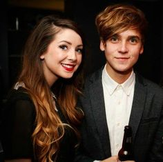 Zoe and Joe/ The cutest, funniest siblings on YouTube xxxxx awwww we love the suggs! ! !