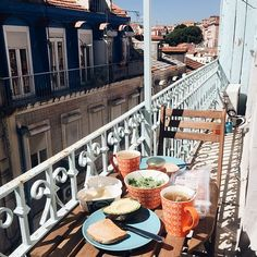 Apartment for rent in Lisbon - Mouraria historical neighborhood (click the link on the blog)