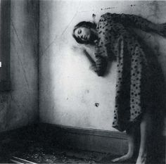Francesca Woodman, photographer. Her self-portraits are so strong, feminine and fearless!