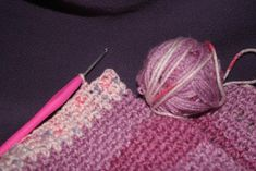 Beginning Crochet Left Handed Crochet for Beginners - Are you sick of struggling with the crochet lessons for right handed people and just don't know where to start or even think you can because you are a lefty? Hopefully this will answer some questions. Crochet 101, Beginner Crochet Tutorial, Crochet Stitches For Beginners, Crochet Instructions, Knitting For Beginners, Learn To Crochet, Easy Crochet, Crochet Tutorials, Crochet Ideas