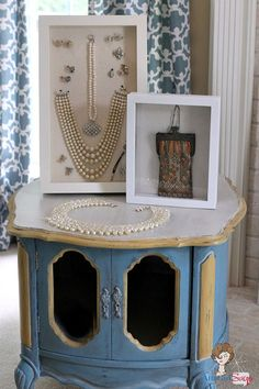03eed76c43 I love collectibles! Here's some of creative and appealing ways to showcase  your treasures!