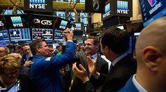 #Stocks notch record close as #Trump promises 'big league' #tax #announcement  http://www.cnbc.com/2017/02/09/us-markets.html