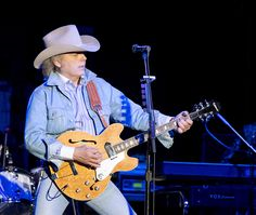 Dwight Yoakam - Country Singer & Legend